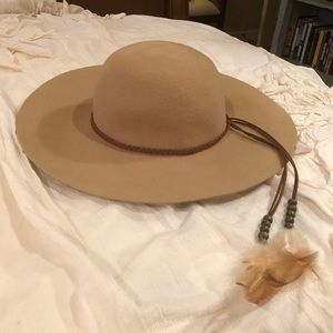 Kendall & Kylie Accessories - Kendall & Kylie Hat